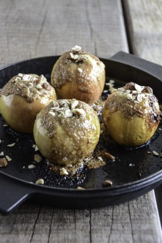 Baked apples in the Morso Forno Outdoor Oven