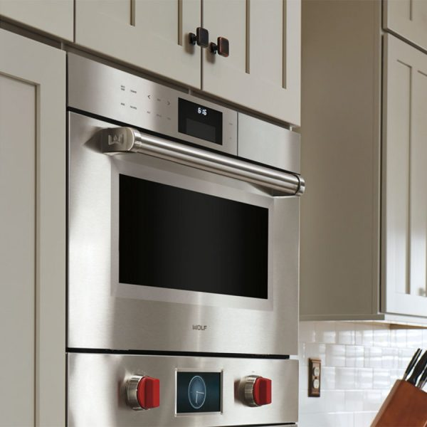 Wolf M Series Professional Convection Steam Oven