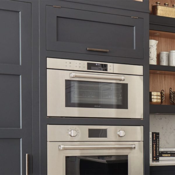 Wolf Wolf M Series Professional Convection Steam Oven